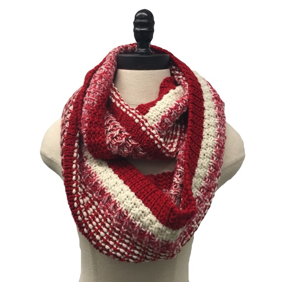 crocheted knit infinity scarf christmas handmade